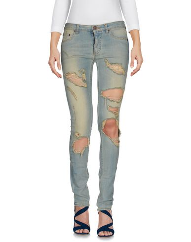 OFF-WHITE�?Jeans