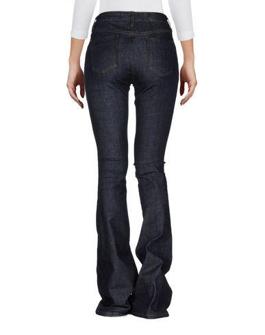Victoria, Victoria Beckham Jeans