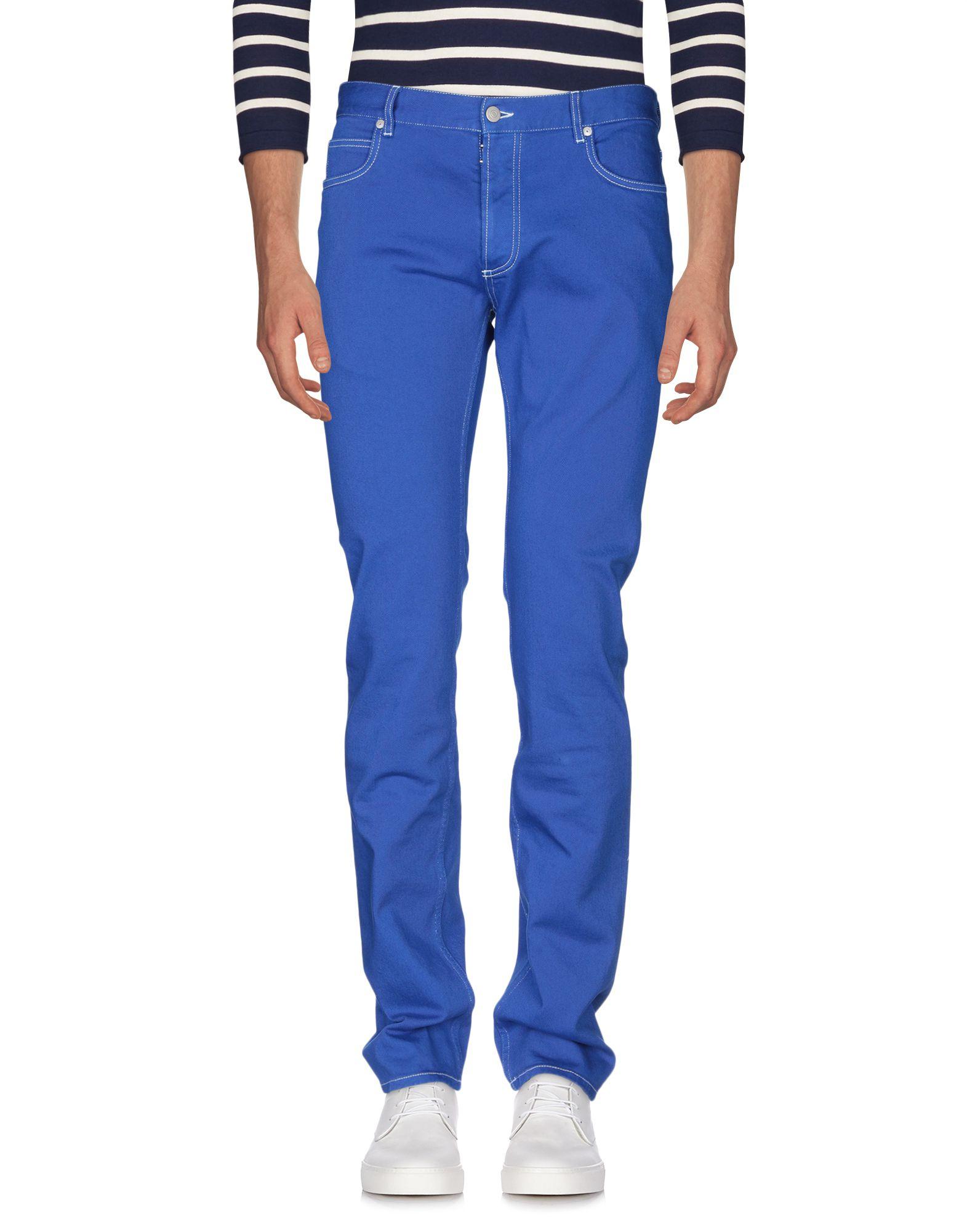 青色パンツ画像