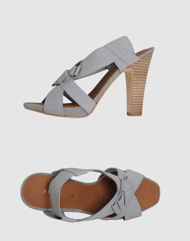 APEPAZZA - Sandals