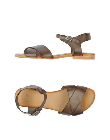 FOOTWEAR - Sandals Bf Designed By Beatriz Furest