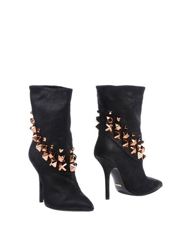 GREYMER Ankle Boot in Black