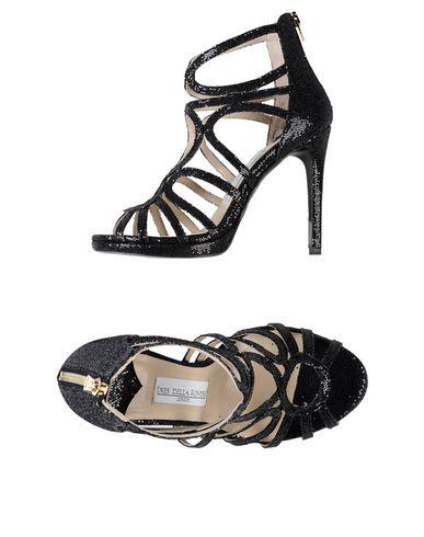 FOOTWEAR - Sandals Ines Della Rovere 5P5XCpox7G
