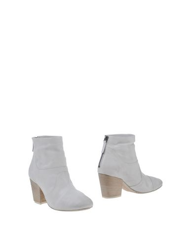 SETTIMA Ankle Boot in Light Grey