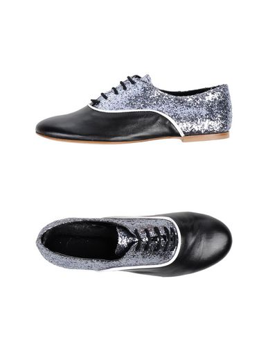 LISA C BIJOUX Laced Shoes in Black