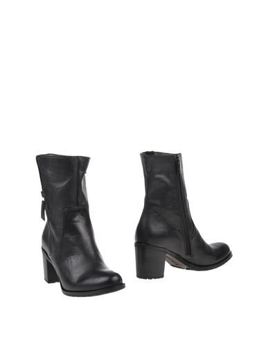 Manas Ankle Boot - Women Manas Ankle Boots online on YOOX United States - 44814254KO