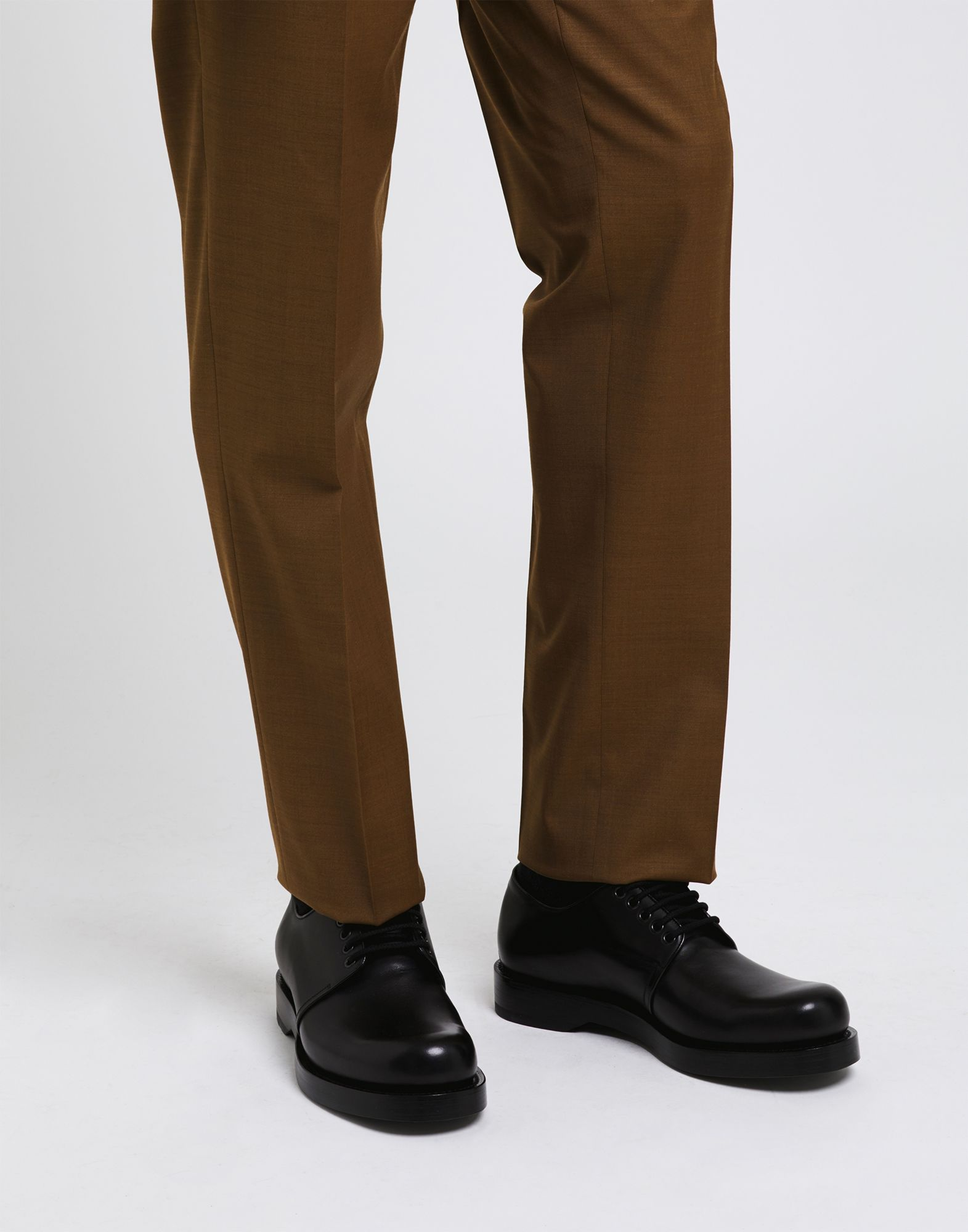 Gucci Schnürschuhe Herren beliebte  44815605DQ Gute Qualität beliebte Herren Schuhe b850dd