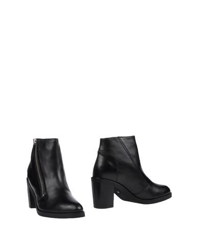 Kg Kurt Geiger Ankle Boot - Women Kg Kurt Geiger Ankle Boots online on YOOX United States - 44868778XO