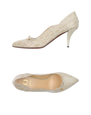 O JOUR Pump in Ivory