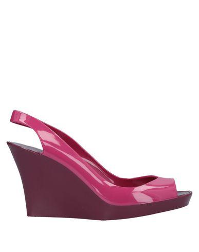 KARTELL Sandals in Garnet
