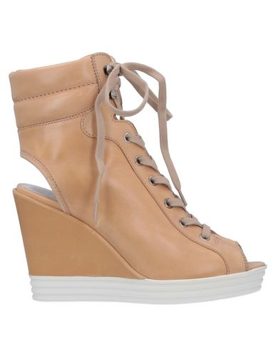 HOGAN REBEL Ankle Boot in Sand