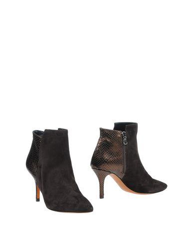 LAURÈN Ankle Boot in Dark Brown