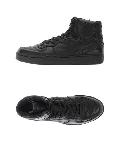 e84105262b DIADORA HERITAGE Sneakers - Footwear | YOOX.COM