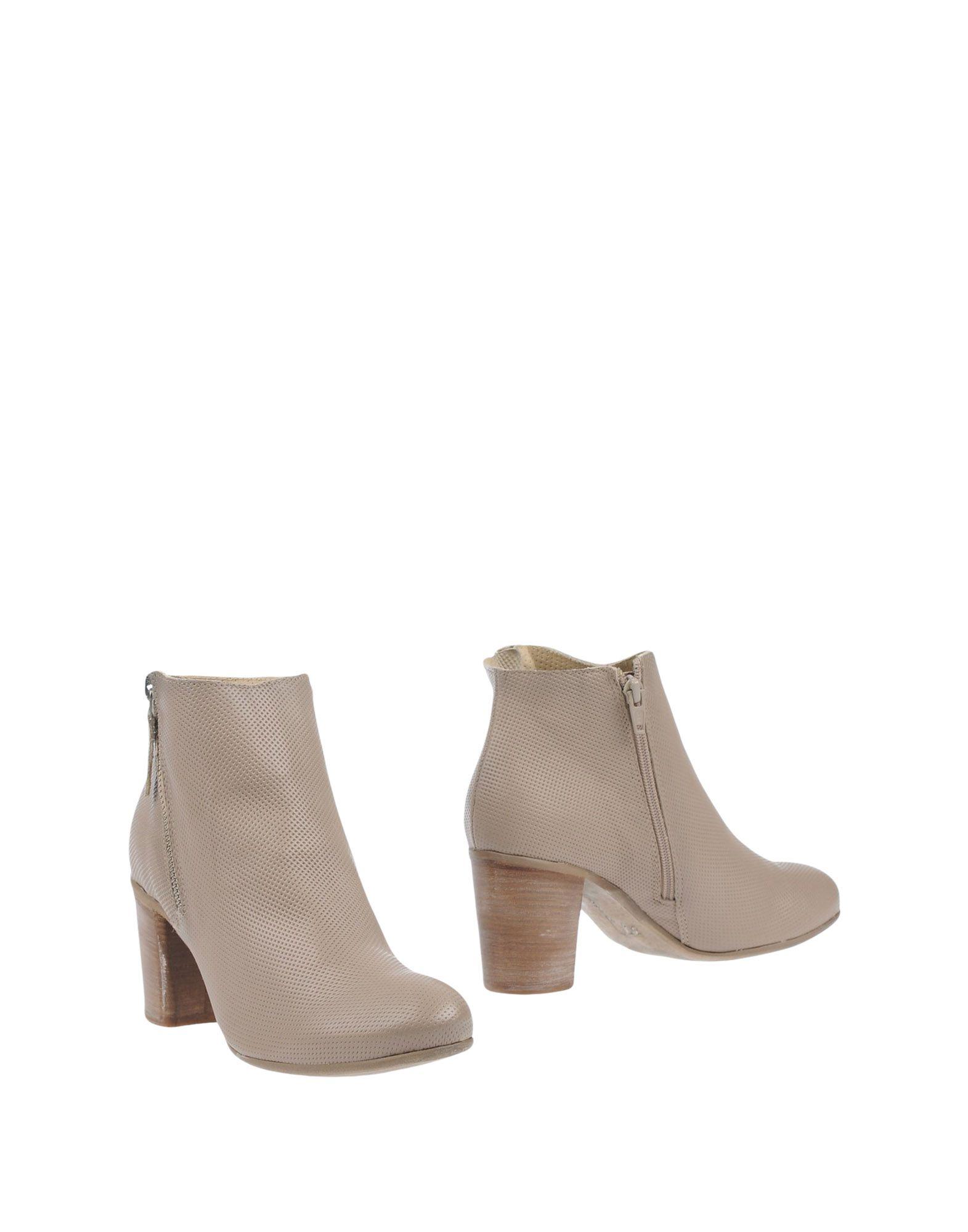 Manas Ankle Ankle Boot - Women Manas Ankle Ankle Boots online on  United Kingdom - 44931190SA 45b05e