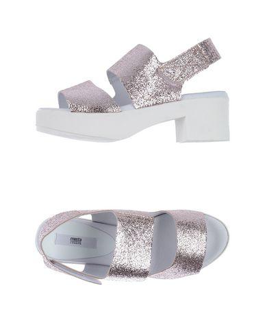 MIISTA Sandals in Pink