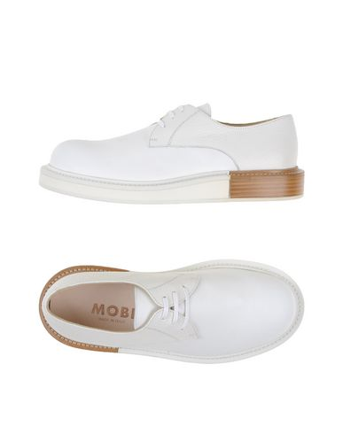 MOBI Laced Shoes in White