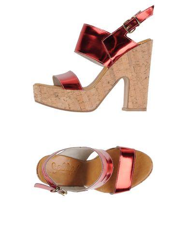 SCOOP! - Sandals
