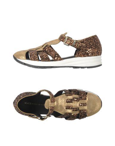 FOOTWEAR - Sandals A&M COLLECTION JRSWpFWAm
