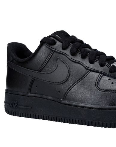 NIKE WMNS AIR FORCE 1 07 Sneakers