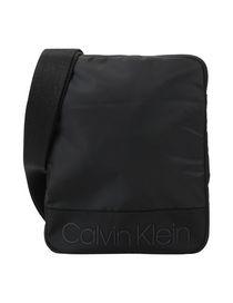 Calvin Klein Herren Jeans, Boxershorts, Taschen und mehr