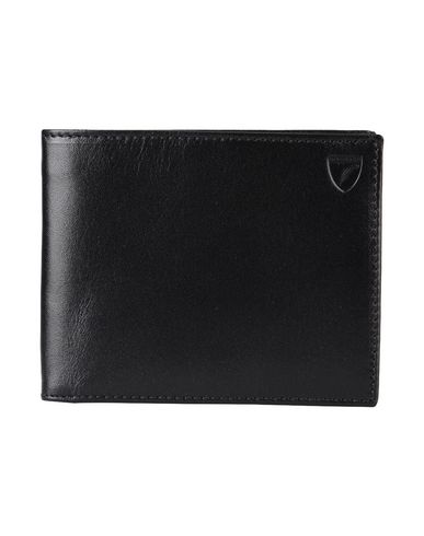 Wallets in Black