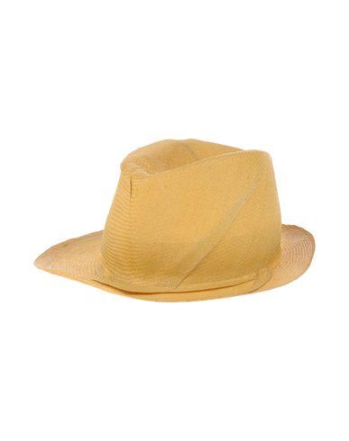 REINHARD PLANK Hat in Yellow