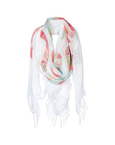 19ANDREAS47 Square Scarf in White