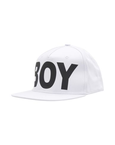 BOY LONDON. BOY SS18BOYLONDONSNAPBACK WHBK 8fb4e03597b6