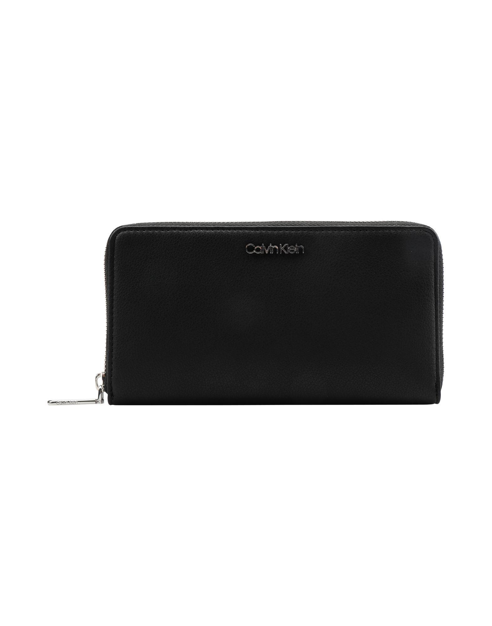 75bf815fde Portafoglio Calvin Klein Tack Large Ziparound Xl - Donna - Acquista online  su YOOX - 46625268CD