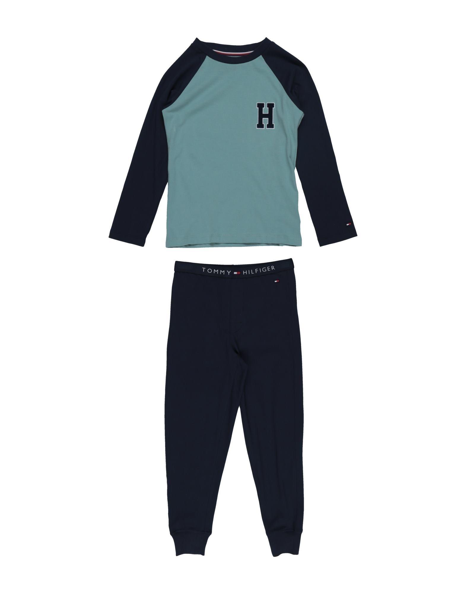 Release-Info zu Kostenloser Versand bestbewertet Tommy Hilfiger Undershirt Boy 3-8 years online on YOOX Hong Kong