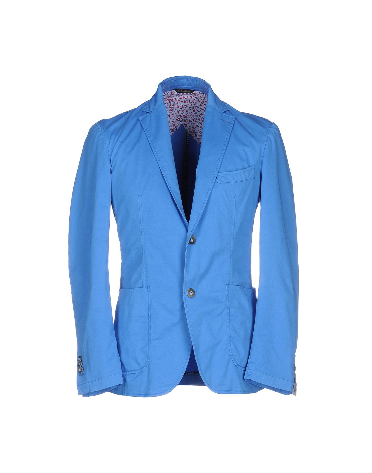 青色ジャケットの画像