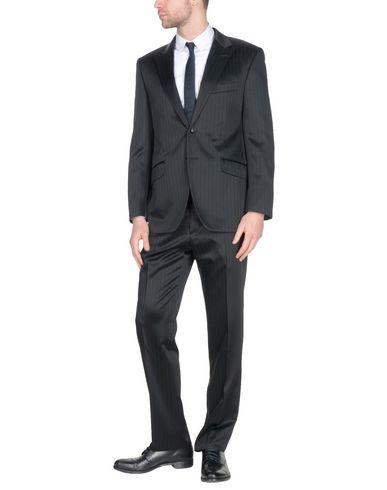 GAI MATTIOLO COUTUREスーツ