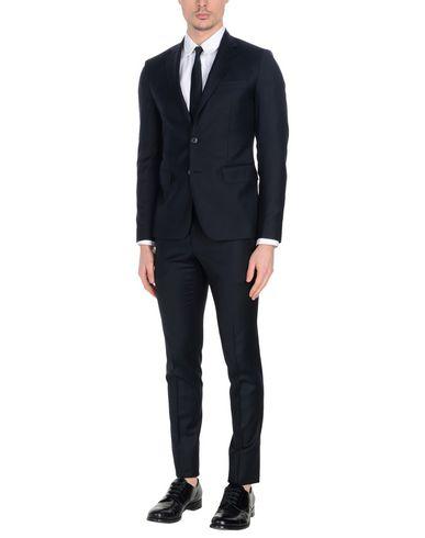 billige Footlocker bilder Brian Dales Kostymer ekte for salg 6YMqpsZ7