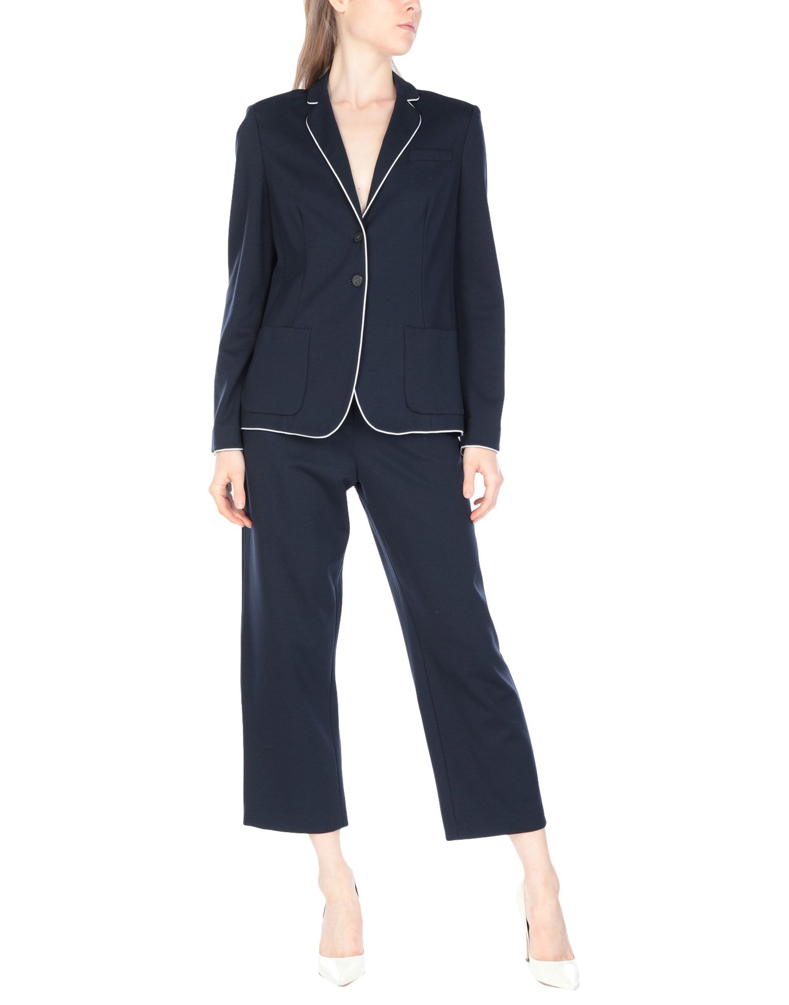 fe10c458de9 Armani Collezioni Women s Suits - Spring-Summer and Fall-Winter Collections