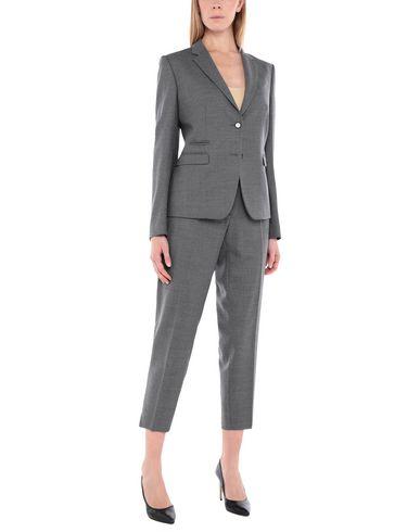 NEW YORK INDUSTRIE - Suit
