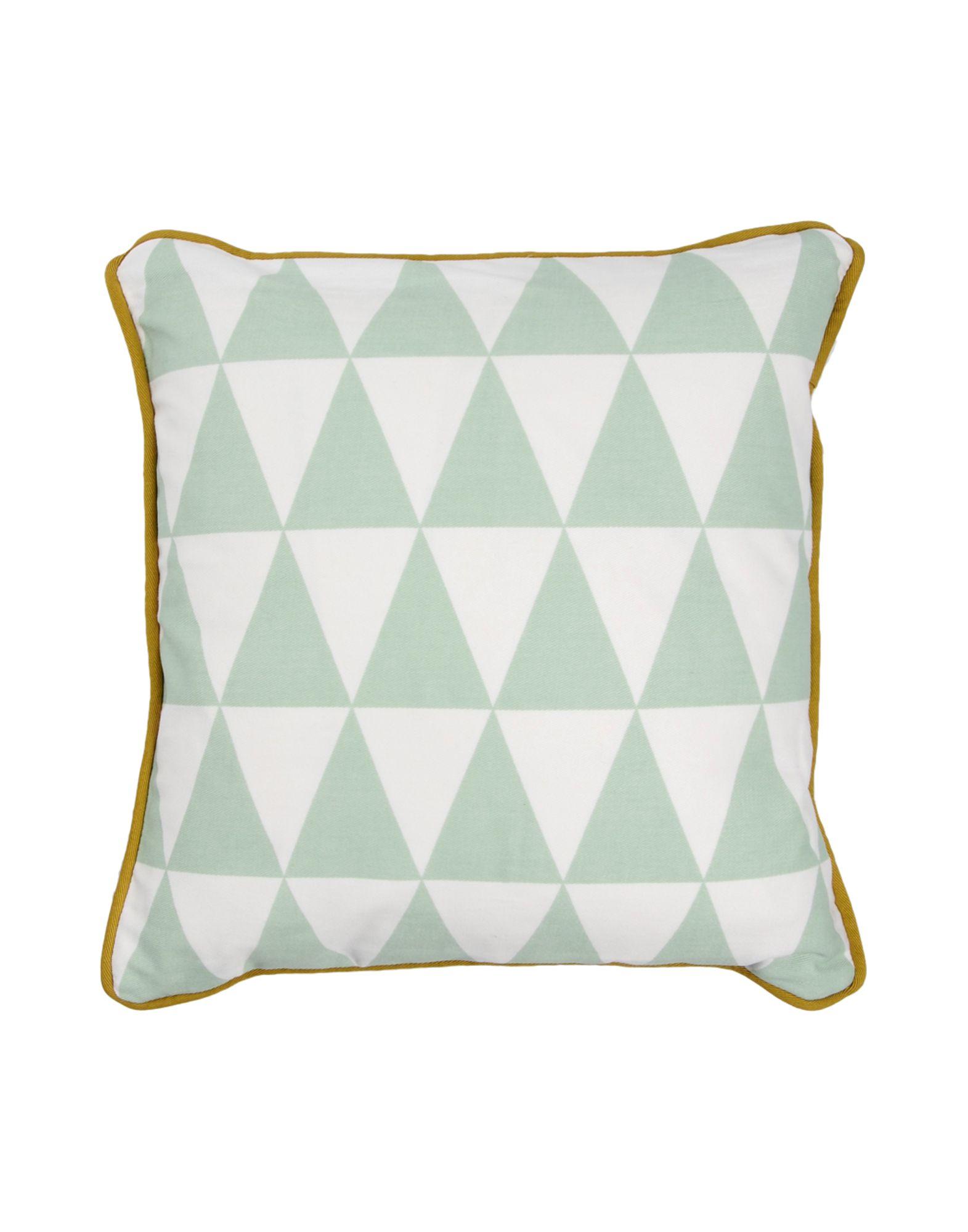 Cuscini Ferm Living.Ferm Living Little Geometry Pillows Men Ferm Living Pillows